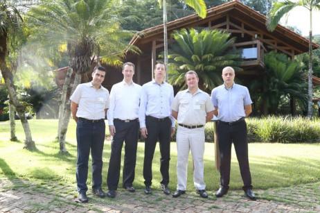 Integrantes da Brasmetal Waelzholz (BW) foram recebidos por Frederico Ayres Lima, presidente da Aperam, e Daniel Domingues, gerente executivo de vendas