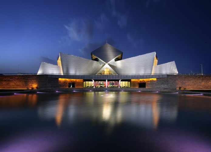 Aço Inoxidável na arquitetura